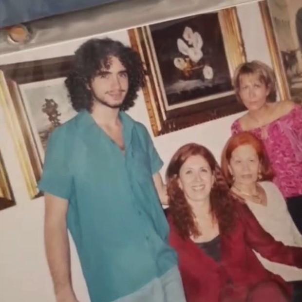 Felipe Andreolli e família (Foto: Reprodução/Instagram)