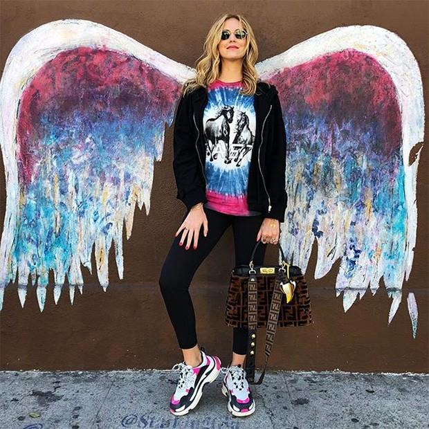 Chiara Ferragni usando os seus Ugly Sneakers (Foto: Instagram)